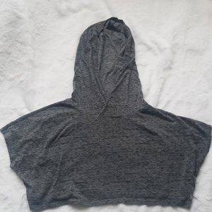 Hooded workout crop tee